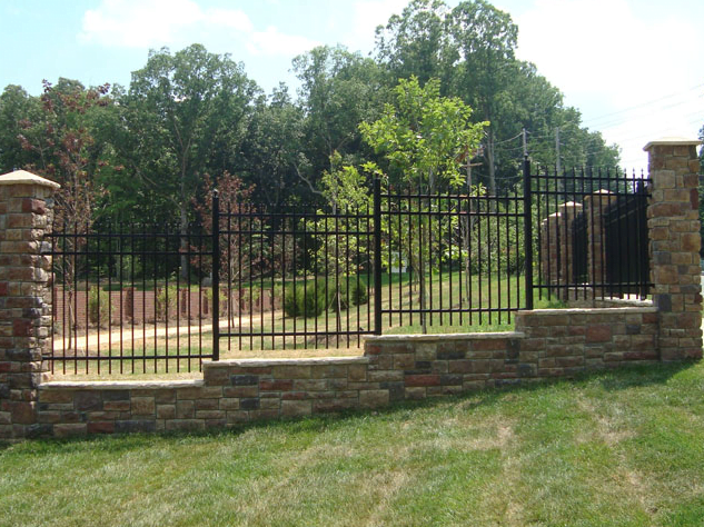 residential_fencing_company_charlotte